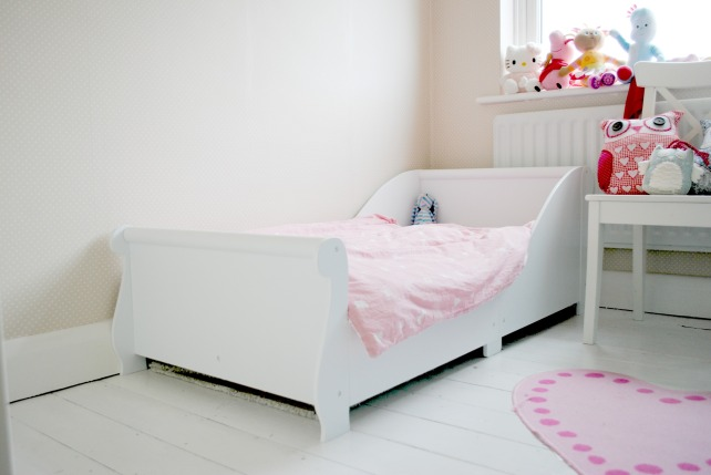 sasha new bed