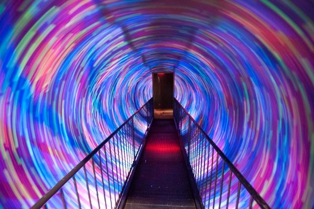 Spinning tunnel